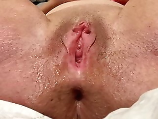 Horny Mom Does Solo Dildo Play With Squirt, Big Gaping Pussy xxxbucker sex toy