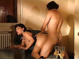 La Seductrice (1994) xxxbucker anal